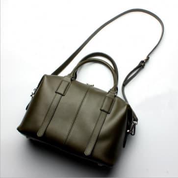 Classic Shoulder Bag ~ Olive