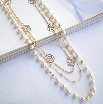 Pearls & Flower Chains Necklace
